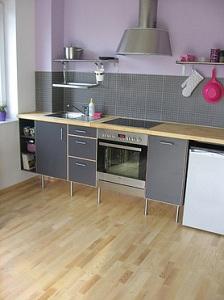 Panele podłogowe w kuchni – czy warto?